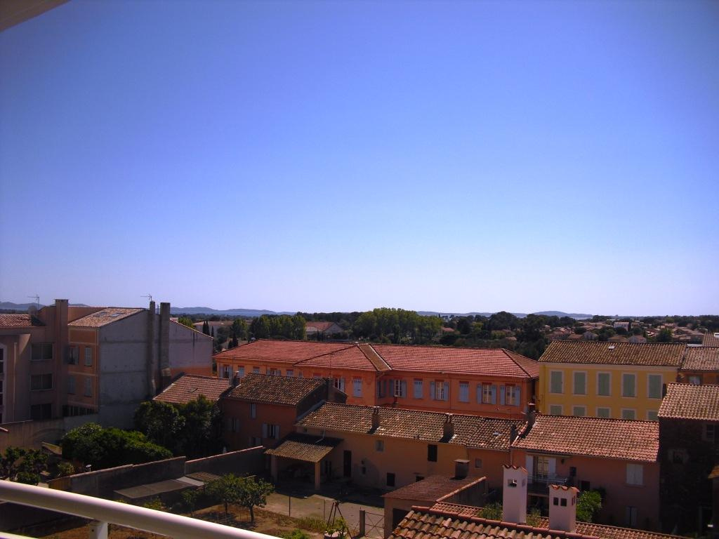Agence bourhis immobilier hyeres vente et location for Ca location immobilier